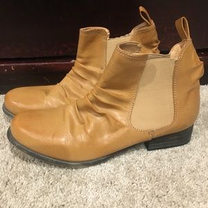 Shoes - Chelsea boots in tan